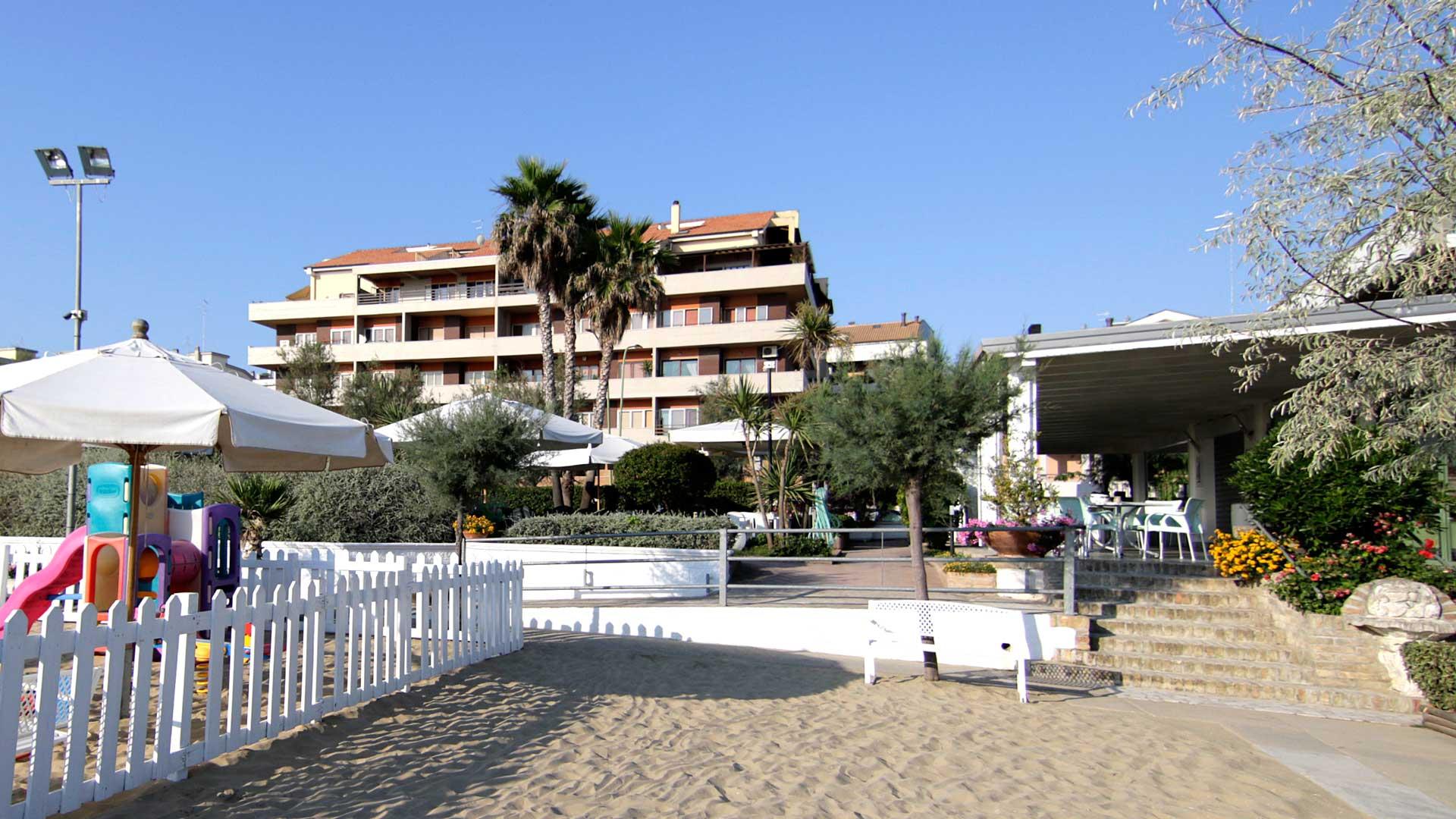 Pescara Strand hotel bellariva pescara a ridosso sul mare ideale per famiglie